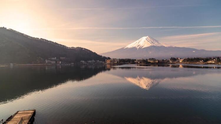 Fujiyama Dağı'nın termal havuzunda terapi
