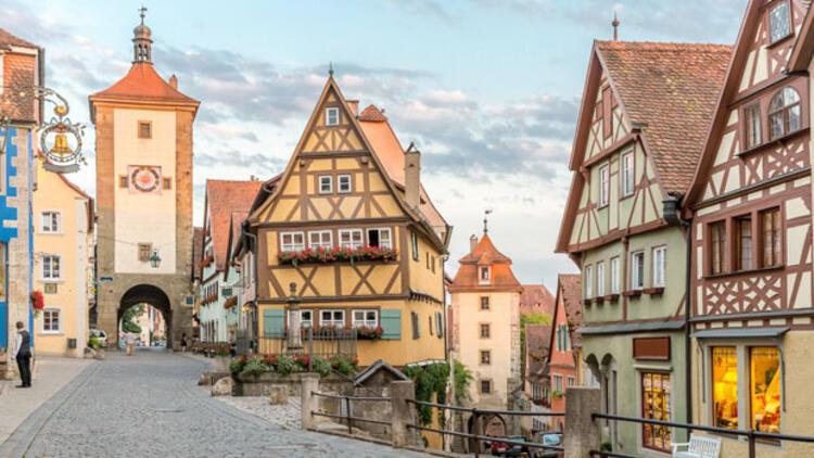 Almanya'da 1.9 milyon kişi uygun fiyatlı konut bulamıyor