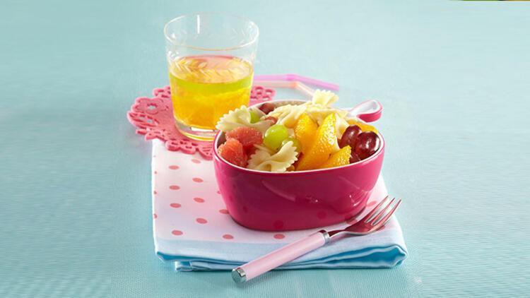 Pestolu kış salatası tarifi