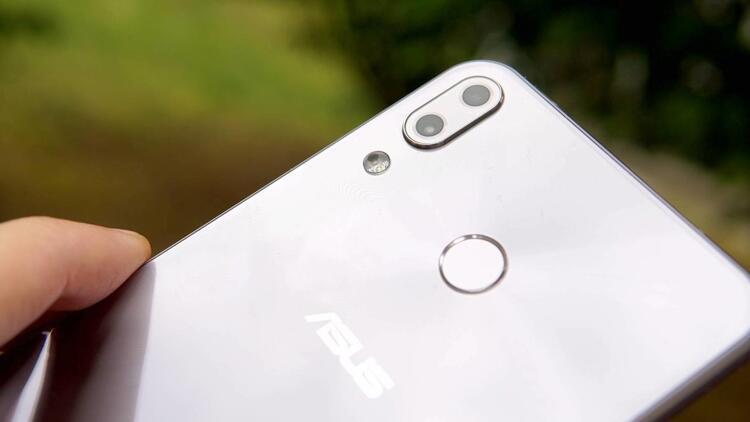 ASUS Zenfone 5 resmen Türkiye'de! İşte özellikleri ve fiyatı