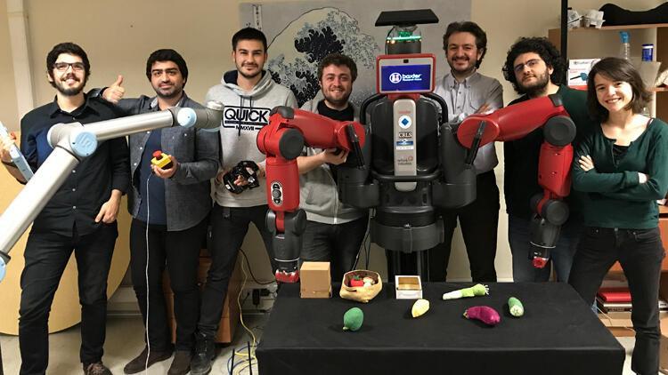 Türk akademisyenden hayal edebilen, düşünebilen robot projesi