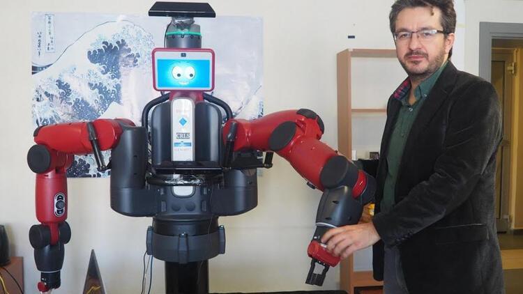 Boğaziçi Üniversitesi'nden düşünebilen robot!