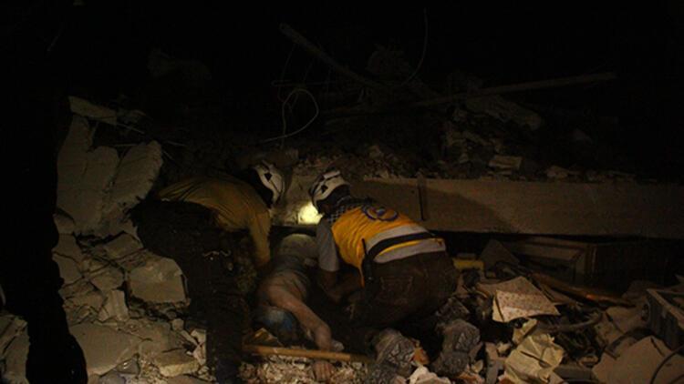 Suriye idlib'de hava saldırısı... Onlarca sivil öldü