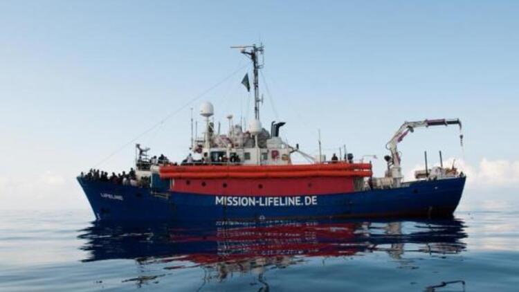 Mission Lifeline gemisindeki 52 sığınmacı Fransa'ya geldi