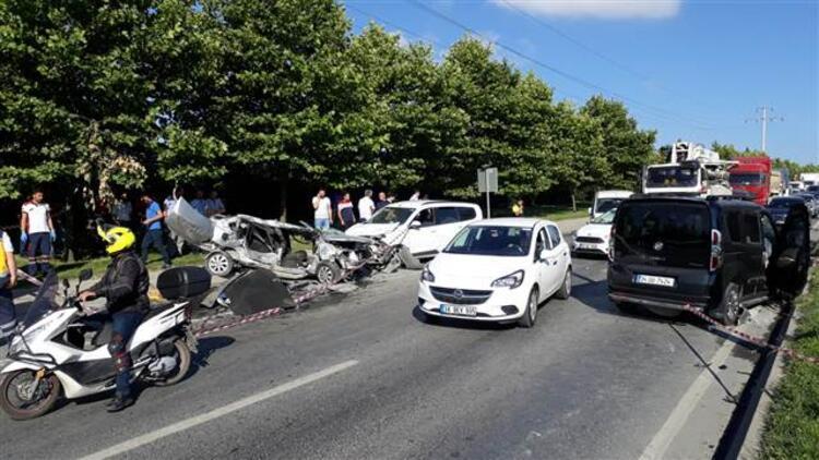 Başakşehir'de zincirleme kaza... İki kişi hayatını kaybetti