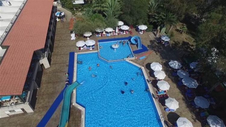 Yine otel havuzu yine yine bir çocuk hayatını kaybetti