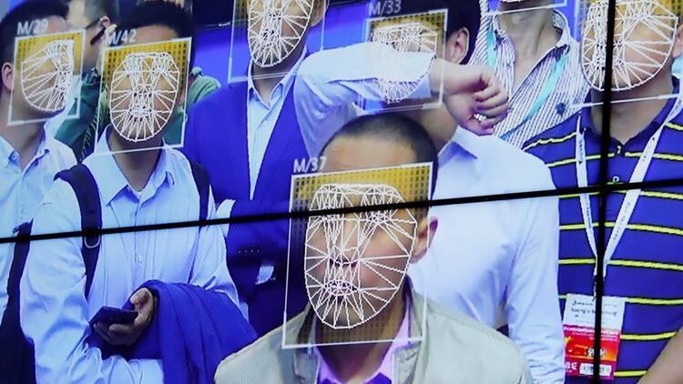 Çin yapay zekalı yüz tarama teknolojisi ile suçlu yakalıyor