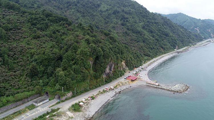İki ilin paylaşamadığı plaj... Devreye Bakanlık girdi