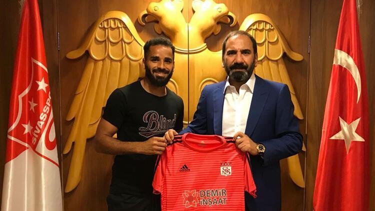 Sivasspor, Douglas ile 1 yıllık sözleşme imzaladı