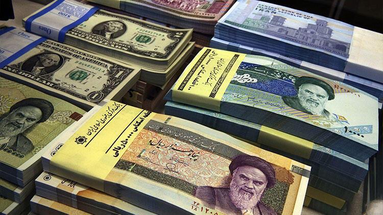 """İran'da dolar """"tarihi rekorunu"""" kırdı"""