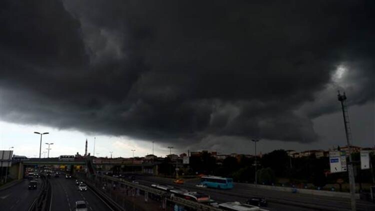 NASA uzmanından Türkiye'ye uyarı: Şiddetli hava olaylarını şehirlerde daha çok yaşayacaksınız...