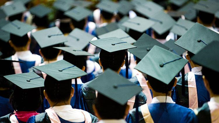 Mezunları en hızlı istihdam edilen üniversiteler açıklandı