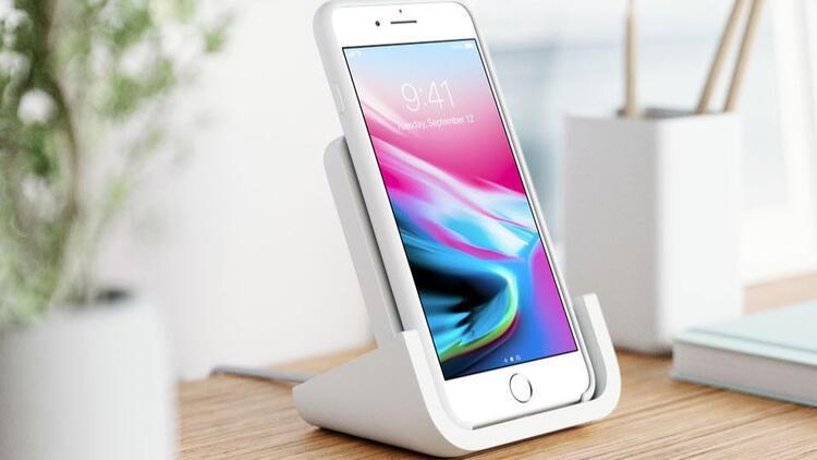 Logitech'ten kablosuz iPhone şarj standı