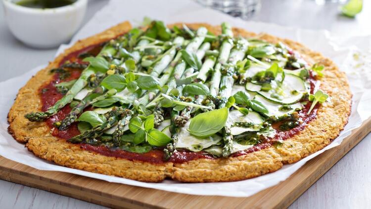 Hafif mi Hafif: 3 Sebzeli Pizza Tarifi