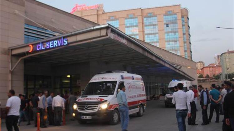 Siirt'te tarım aracı devrildi: 2 ölü 9 yaralı