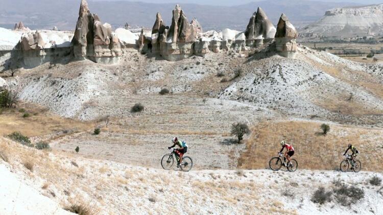 İki teker üzerinde Kapadokya