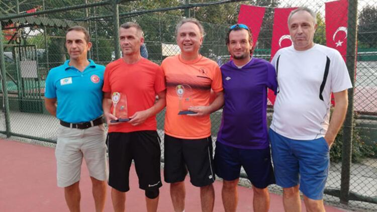 İstanbul'da tenis şöleninefesleri kesti