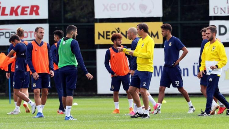 Fenerbahçe'nin 28 kişilik kadrosu açıklandı! Sürpriz isim...
