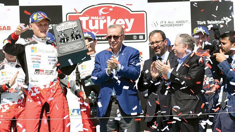 Cumhurbaşkanı Erdoğan'dan rallicilere ödül