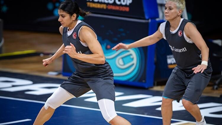 A Milli Kadın Basketbol Takımı, Tenerife'deki ilk idmanını yaptı