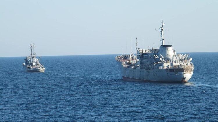 Gerilim oraya sıçradı: Askeri gemiler ilerliyor