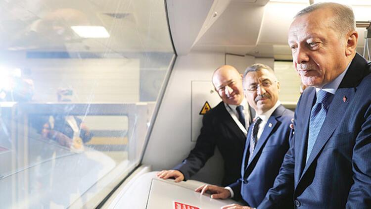 Yeni metronun katkısı 800 milyon Euro