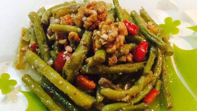 Cevizli börülce salatası tarifi