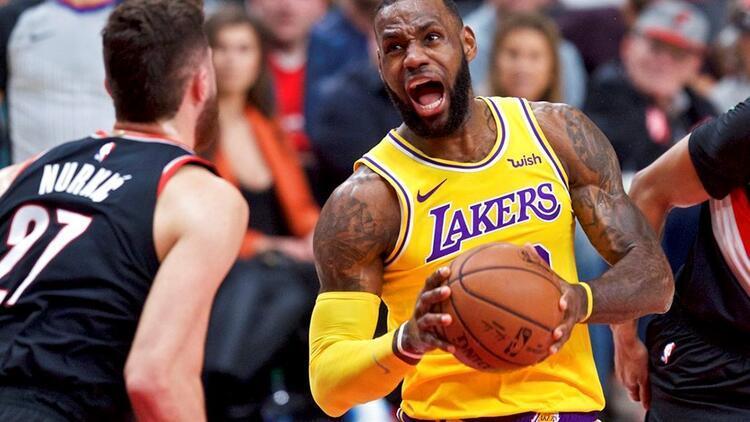 Lakers nihayet galip! Tam 16 maç...