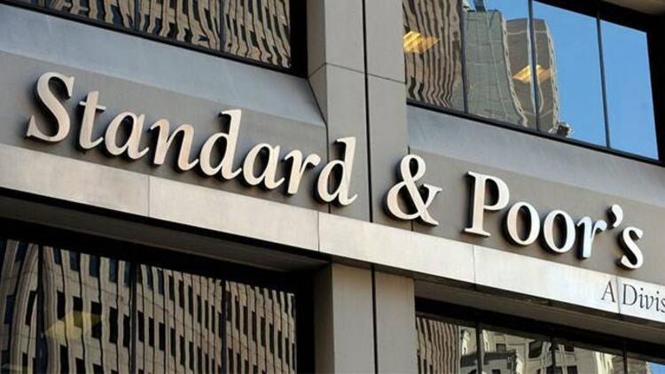 S&P, Arjantin'in notunu düşürdü