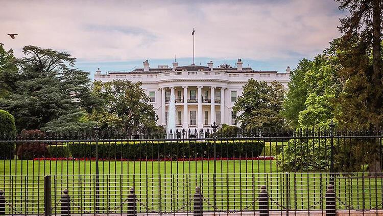 Beyaz Saray'da dikkat çeken istifa