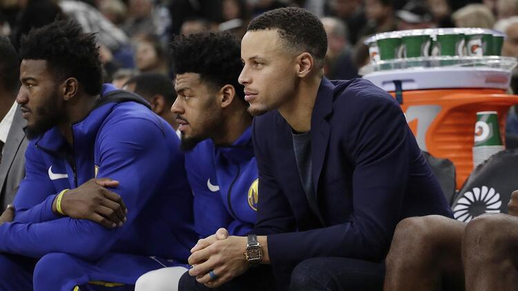 Curry izledi, Golden State üst üste üçüncü kez kaybetti