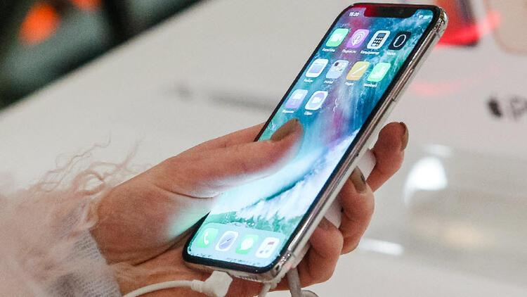 Apple hisseleri neden düşüyor? Yanlış giden bir şeyler mi var?