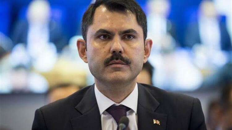 Bakan Kurum: Türkiye'de 450 bin müteahhit var