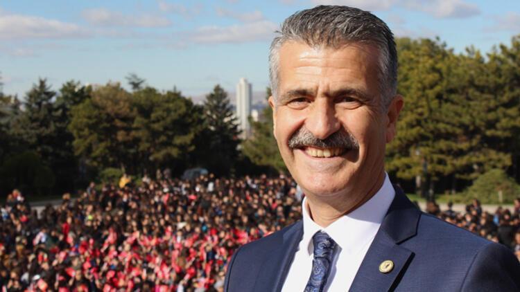 3 koleji olan Mehmet Yüksel'den velilere: Kapitalistliğim tutarsa beni durdurun
