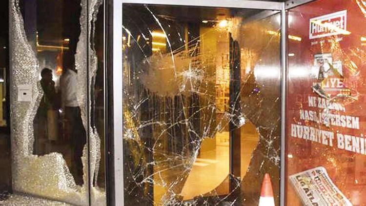 Hürriyet'e saldırıya 25 beraat, 1 ceza