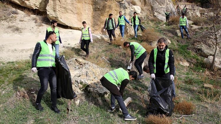 Üniversite öğrencileri Kapadokyada çevre temizliği yaptı