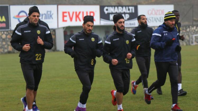 Malatyaspor'da Akhisarspor mesaisi sürüyor