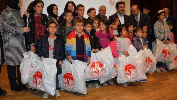 TOGEMDER'den Diyarbakır'da 1500 çocuğa kışlık kıyafet