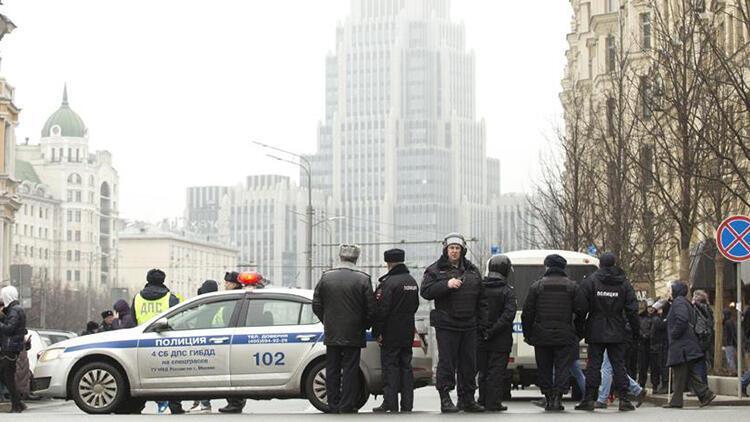 Son dakika... Rusya'da canlı bomba alarmı!