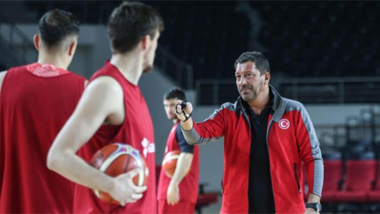 A Milli Basketbol Takımı 975. maçına çıkıyor