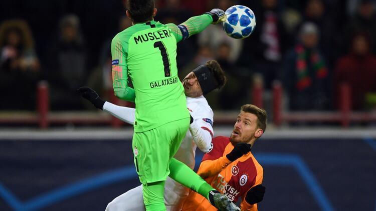 Galatasarayda Serdar Aziz şoku