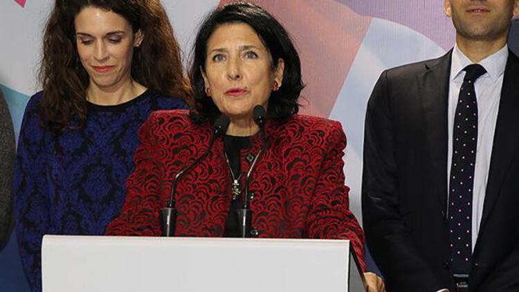 Salome Zurabişvili kimdir Gürcistanın ilk kadın cumhurbaşkanı
