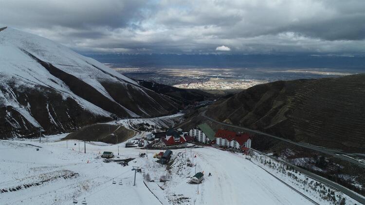 Palandöken'de 1 Aralık'ta pistler açılıyor