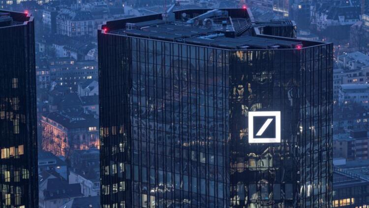 Alman devine kara para baskını