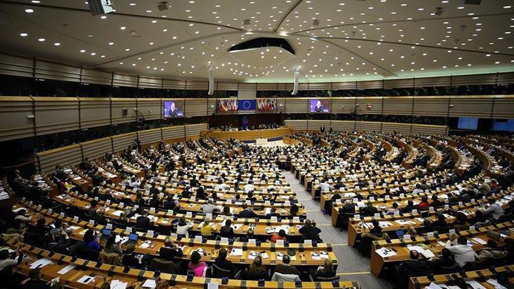 APden Schengen bölgesindeki sınır kontrollerine sınırlama çağrısı