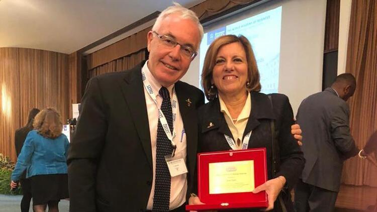 Prof. Dr. Seza Özene uluslararası ödül