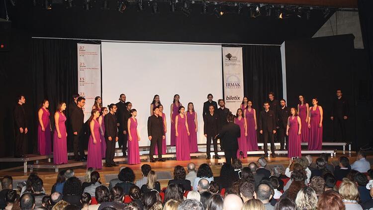 Irmak Konserleri, Boğaziçi Caz Korosu ve Boğaziçi Gençlik Korosu ile açıldı
