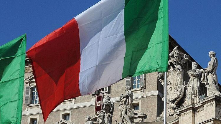 İtalyada işsizlik artmaya devam ediyor