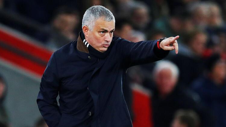 Mourinho, 3 sezondan sonrasını göremiyor!