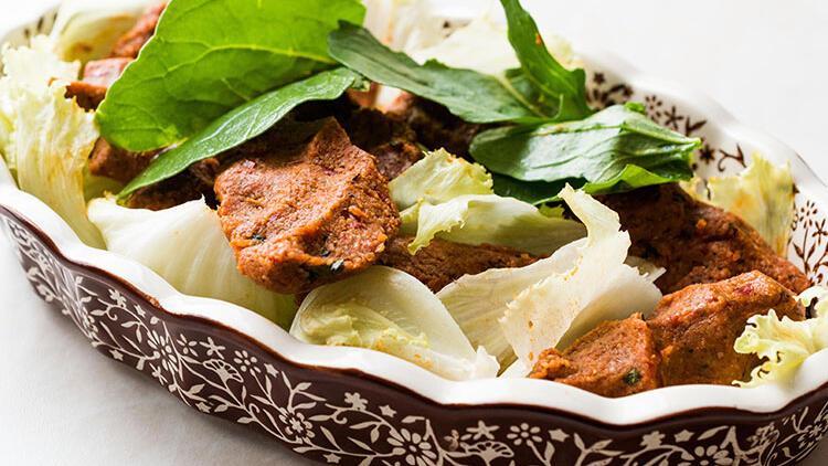 Çiğ köfte tadında mercimek köftesi tarifi